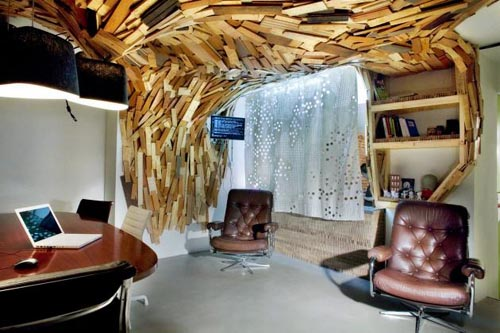 bearscave-wooden-ceiling-and-wall-design