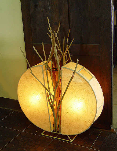 eco-friendly-lighting-design-with-samsan-wood-base-lamp-model-s-216