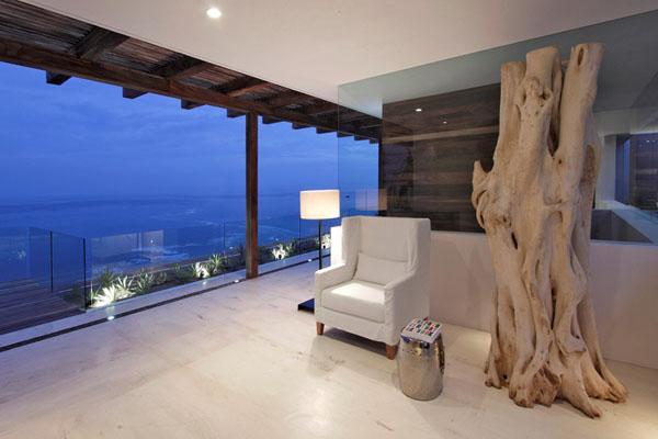 svetainė vakare, medinė skulptūra