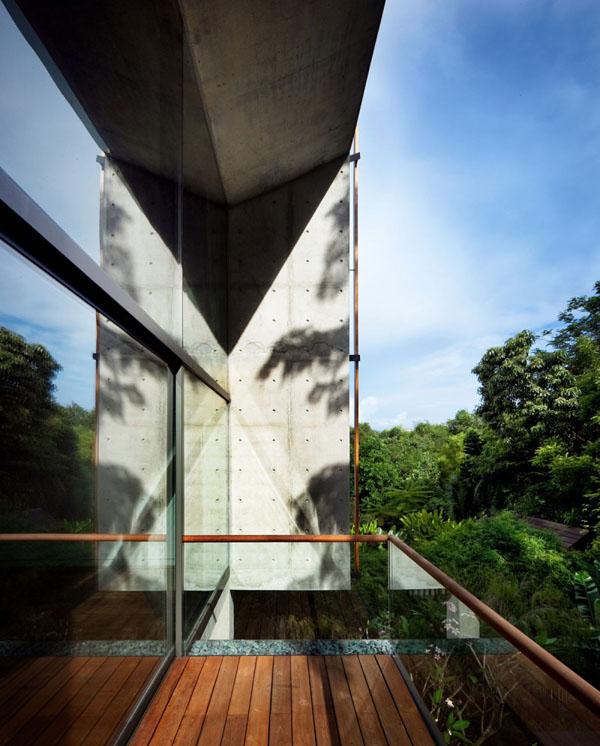 namo fasadas, balkonas
