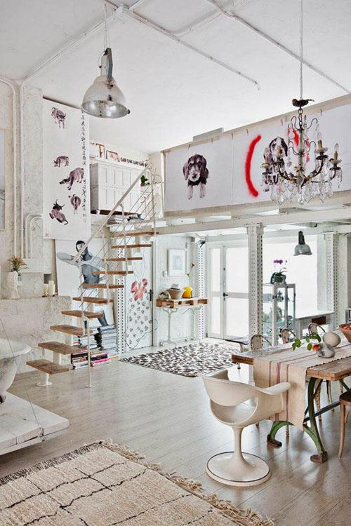 balta fotografijos studija namai, įėjimas, laiptai