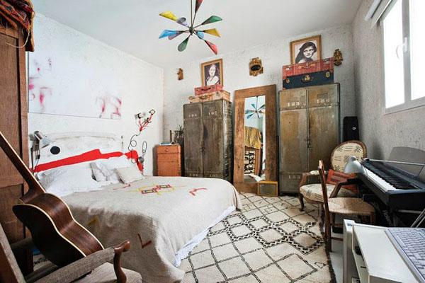 balta fotografijos studija namai, miegamasis, senovinės spintos