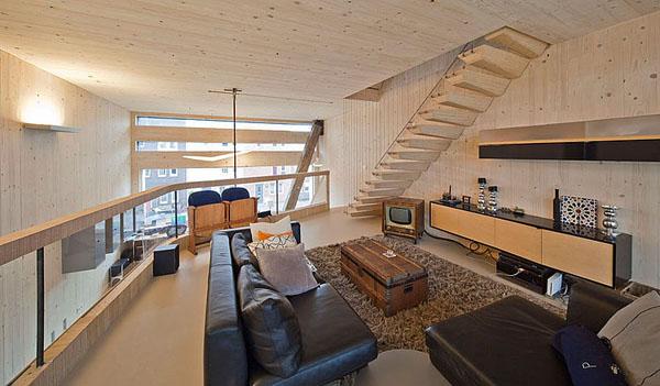 svetainė antrame aukšte, pasyvus namas