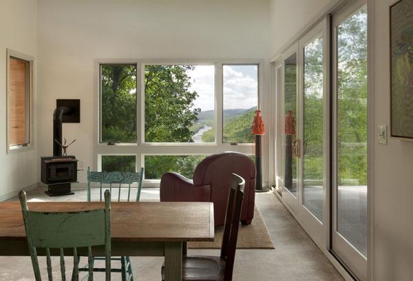 Ridgehouse , svetainė, vaizdas į slėnį