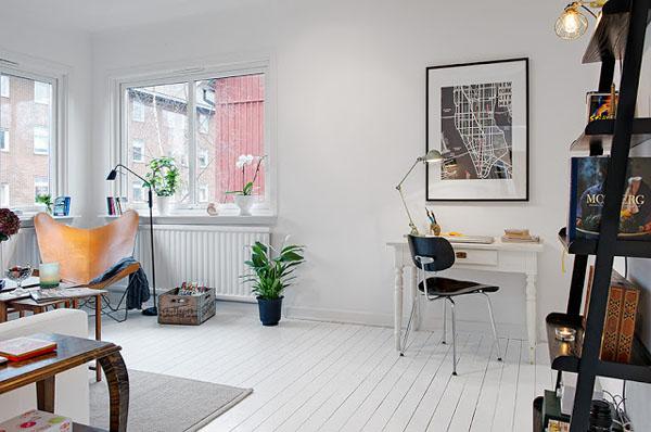 baltas staliukas, grindys, sienos