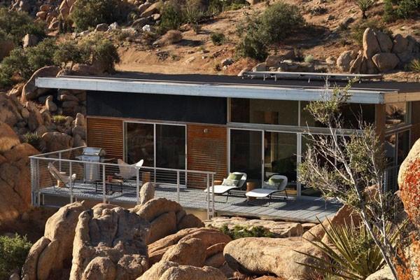 Namas, surenkamos konstrukcijos, uolos