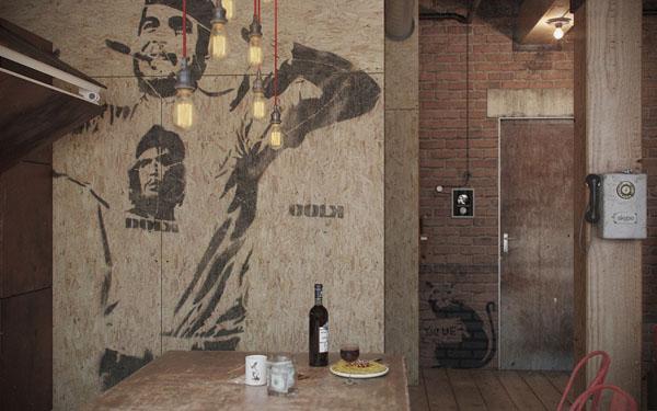 industrinis loftas koridorius grafiti osb plokste