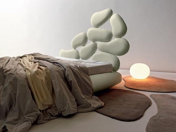 lovos galvugalis akmenu imitacija
