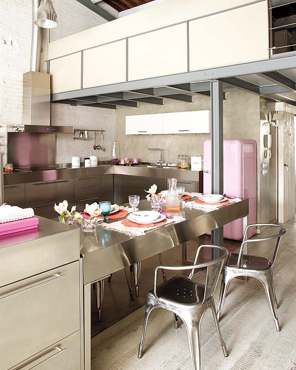 metalo baldai virtuveje