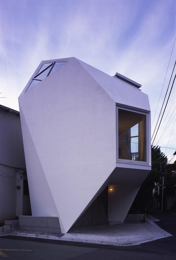 mazas namas fasadas tokijuje 1