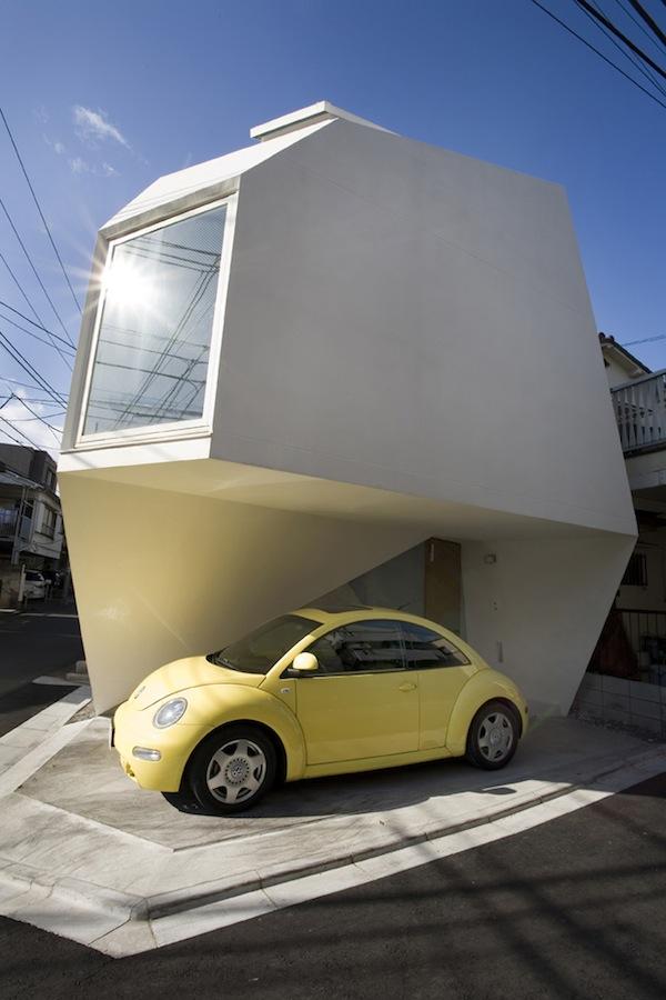 mazas namas fasadas tokijuje