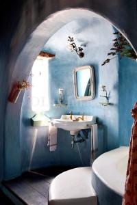 melynos dazytos tinkuotos sienos vonioje