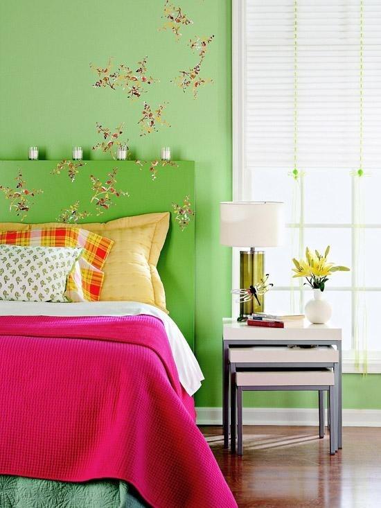 pesinys ant lovos galvugalio, sienos