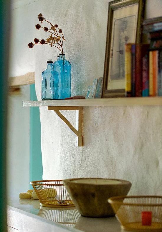 namas graikijoje, lentyna, vazele
