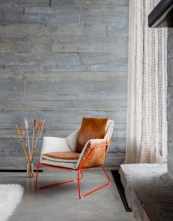 betonine siena, raudoni remeliai kede