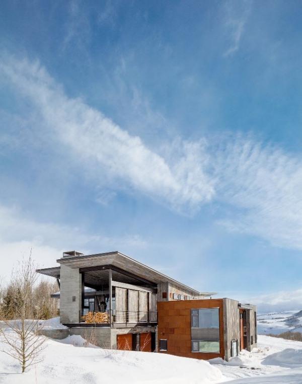 namas fasadas, sniegas