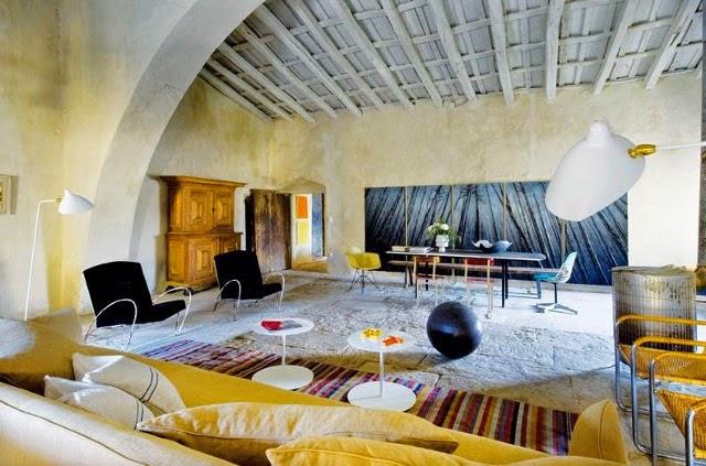 rekonstrukcija, svetaine, lubos,mediniai balkiai