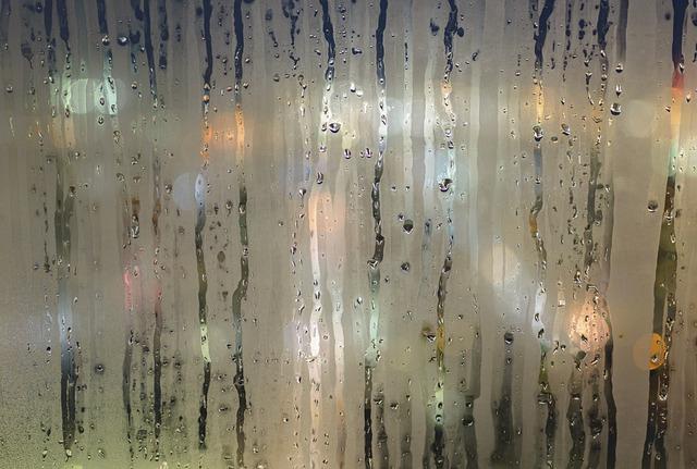 aprasojes lango stiklas