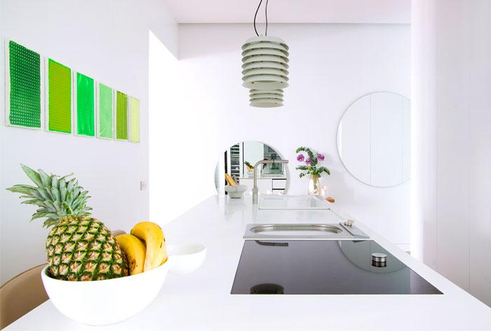 family-home-madrid-lucas-y-hernandez-gil-7 virtuve zali paveikslai